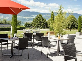03-table-mary-cheseaux-noreaz-terrasse